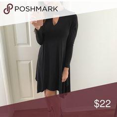Elegant black dress NWOT. Size small but can fit a medium too Dresses