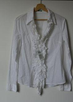 Kup mój przedmiot na #vintedpl http://www.vinted.pl/damska-odziez/koszule/15916605-benetton-biala-elegancka-koszula-rozm38-z-dlugim-rekawem