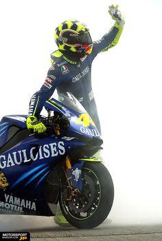MotoGP 2004, Verschiedenes, Valentino Rossi, Fiat Yamaha Team, Bild: Gauloises Racing