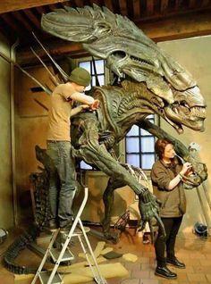 Behind the scenes of Aliens.