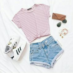 More Colors - More Summer Fashion Trends To Not Miss This Season. The Best of casual outfits in 2017 Gorgeous! More Colors - More Summer Fashion Trends To Not Miss This Season. The Best of casual outfits in Teenage Girl Outfits, Teen Fashion Outfits, Cute Fashion, Outfits For Teens, Fashion Ideas, Fashion Clothes, Fashion Fashion, Fashion For Teens, Clothes For Tweens