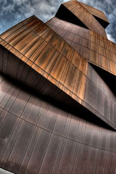 #Architecture Broadcasting Tower, Leeds, #England
