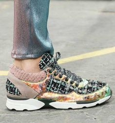 Her tarza hitap edebilen spor ayakkabı modelleri...