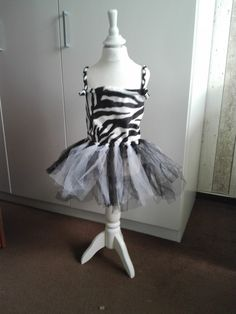 Die 12 Besten Bilder Von Zebra Kostüm In 2019 Zebra Kostüm