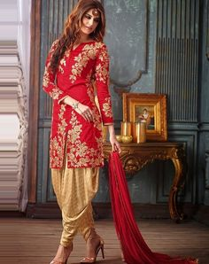 Indian Fashion Salwar Kameez and Kurtis are all the way comfortable yet elegant and easy to wear. Indian Fashion Salwar, Indian Salwar Suit, Patiala Suit, Salwar Suits, Salwar Kameez, Punjabi Suits, Pakistani Clothing, Indian Dresses, Indian Outfits