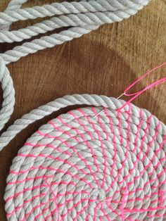 DIY Coil rope bowl tutorial and materials. Woven rope basket making kit and instructions DIY DIY Coil rope bowl tutorial and materials. Rope Basket, Basket Weaving, Rope Rug, Braided Rag Rugs, Rope Crafts, Sewing Crafts, Swatch, Etsy, Landing Decor