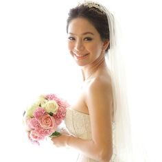 """The wedding of Dream Plana - Singapore  #lonamakeup #balimakeupartist #makeupartistbali #balimakeup #balihair #baliwedding #bridalmakeup #bridalhair…"""