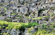 """[World Heritage] southern Italy in Matera, fantastic """"cave dwelling"""" of the night (image)"""