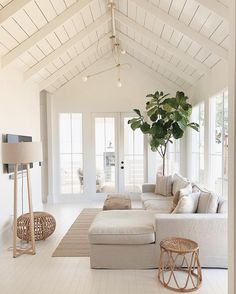 Best Summer Living Room Trends of Best Summer Living Room Trends of 2019 - Decoholic. If you have been looking to have a living room makeover but never got round to doing it, you're just in time to sample the best ideas for revamping the. Living Room Trends, Home Living Room, Living Room Designs, Living Spaces, Living Room White Walls, Living Room Pouf, Apartment Living, Beach Living Room, Coastal Living Rooms