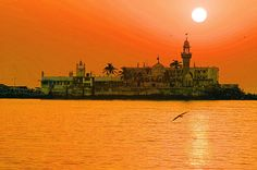Haji Ali Mosque Mumbai - Nativeplanet list with Haji Ali Mosque Tourist Attractions details, Haji Ali Mosque Attraction photos, Haji Ali Mosque travel info etc. of places to visit or see in Mumbai. Haji Ali Dargah, In Mumbai, Navi Mumbai, Visit India, Tourist Places, India Travel, India Trip, Incredible India, Dreams