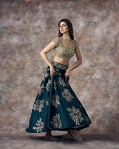 Buy beautiful Designer fully custom made bridal lehenga choli and party wear lehenga choli on Beautiful Latest Designs available in all comfortable price range.Buy Designer Collection Online : Call/ WhatsApp us on : Designer Bridal Lehenga, Bridal Lehenga Choli, Choli Dress, Bollywood Lehenga, Ghagra Choli, Bollywood Wedding, Silk Lehenga, Saree Blouse, Indian Gowns Dresses