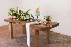 Rustic wedding table - natural organic wedding inspiration // Jenny Owens Photography // The Natural Wedding Company Blue Wedding, Rustic Wedding, Wedding Company, Wedding Table Decorations, Wedding Bouquets, Wedding Inspiration, Dining Table, Organic, Natural
