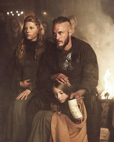 Ragnar and Lagertha Lagertha, Ragnar Lothbrok Vikings, Vikings Show, Vikings Game, Vikings Tv Series, Viking Power, Viking Life, Viking Warrior, Viking Woman