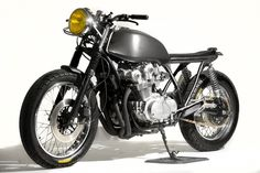 1980 honda CB750 - looking to where it wants to go.