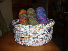 Recycled Magazine Baskets This actually tells you how to make them. Perfect for my yarn, like in the picture! Recycled Art Projects, Recycled Crafts, Diy Craft Projects, Craft Ideas, Recycled Magazine Crafts, Recycled Magazines, Crafts To Make, Fun Crafts, Arts And Crafts