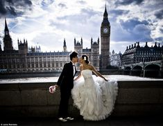 Asian couples flock to the UK for pre-wedding photoshoots