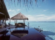 In ancient times, the shores of the #Maldives welcomed lost travellers. Today, travellers intentionally visit Maldives and feel lost it its timeless beauty! #YachtingDestination #YachtCharters #Holiday http://marinesolutionsindia.blogspot.in/2014/03/maldives-timeless-beauty-of-nature.html Photo credits: Wikipedia