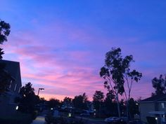 Hey there - Not my photo just my upload Pretty Sky, Beautiful Sky, Beautiful Pictures, Cotton Candy Sky, Look At The Sky, Purple Sky, Blue, Sky Aesthetic, Sunset Sky