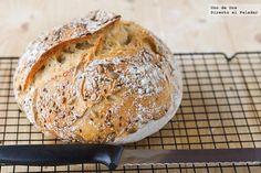 Receta de Receta de pan casero sin amasado. Con fotografías paso a paso, consejos y sugerencias de degustación. Recetas de panes fáciles. Pan...