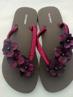 Flat braiding on flip-flops - add a flower