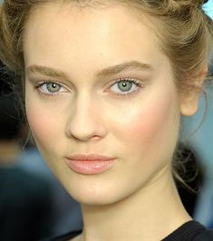 Have you tried the pale lips trend? It's striking with light eyes and rosy cheeks (from Valentino SS12 Backstage).