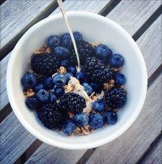 Granola w/greek yogurt, blackberries, and blueberries