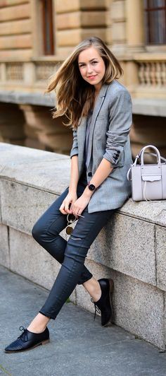 pair oxfords with skinnies and a gray blazer.
