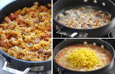 Faites d'abord revenir du poulet en dés avec des lardons, puis ajoutez de la sauce barbecue et de la sauce tomate, avec des tomates fraîches en dés, ajustez avec un bon volume d'eau à 2.5 cm au-dessus des aliments, ajoutez des fusilli qui doivent baigner dans la sauce, et portez à frémir à couvert. Laissez cuire 10 minutes, remuez de temps à autre et ôtez le couvercle.