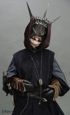 Mouth of Sauron cosplay by InKibus.