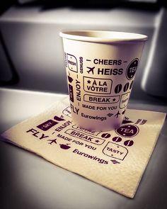 #Eurowings #Frühstück #Flugzeug #zumindestHübsch #Mailand #Italien #Flughafen #TeaToGo