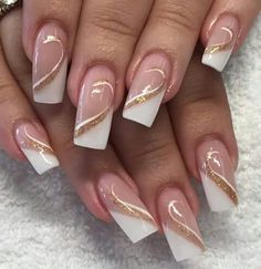 - French Nails Nude Quadratisch Spitze Weiß Dreieckig Lang Elegant Brautnagel Ring … – French Na - French Nails, French Manicure Nails, Nude Nails, Gel Nails, Nail Polish, Nail Tip Designs, Manicure Nail Designs, French Nail Designs, Nails Design