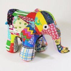 Patchwork elephant (medium)