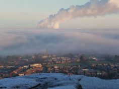 Misty morning Frodsham Hill by stephen edwardson. We Are Young, Before I Die, Photos Of The Week, Winter Scenes, North West, Places To See, Britain, Coast, England