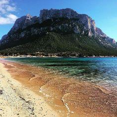 by http://ift.tt/1OJSkeg - Sardegna turismo by italylandscape.com #traveloffers #holiday | Febbraio 2016 a Tavolara Olbia. Questa foto è di Paola Uccello @paolauccello85 Mostrate la bellezza dei vostri territori delle tradizioni e dei luoghi storici usando la tag #lanuovasardegna. Le foto più belle (possibilmente quadrate) verranno pubblicate sul nostro profilo Instagram @lanuovasardegna e rilanciate su Facebook e Twitter Foto presente anche su http://ift.tt/1tOf9XD | February 03 2016 at…