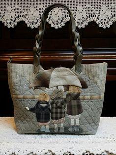 패턴(도안) - 우산속세자매 숄더백 Patchwork Bags, Quilted Bag, Bag Patterns To Sew, Quilt Patterns, Japanese Bag, Crochet Handbags, Denim Bag, Applique Designs, Hobbies And Crafts