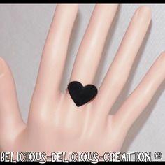 Original bague !! night heart !! noir coeur en plastique 2cm x 1.3cm. bague anneau réglable  belicious-delicious creation