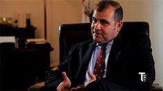 Aymen Mochrefa amoureux de la diplomatie