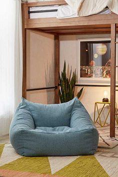 Cooper Speckled Confetti Lounge Chair Scandinavian Interior Design, Home Interior Design, Room Interior, Casa Hipster, Custom Furniture, Furniture Design, Interior Design Colleges, Loft Interiors, Cool Chairs
