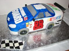 nascar dale jr this cake was made using the official nascar pan i wasn . Nascar Cake, Nascar Party, Cake Decorating Tips, Cookie Decorating, 10th Birthday, Birthday Cakes, Beautiful Cakes, Amazing Cakes, Car Cake Tutorial