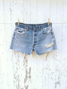 Denim Shorts Style, Blue Jean Shorts, Blue Jeans, Denim Jeans, Vintage Shorts, Vintage Jeans, Levis 501, High Waist Jeans, Jeans Size