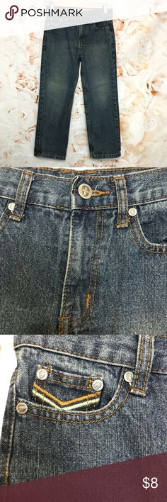 """Swiss Cross Boys Denim Jeans Size 7 Perfect condition boys jeans 80% cotton and 20% polyester! Please feel free to leave me your comments and any questions you may have! Bundle up for discounts :)  MEASUREMENTS: Waist: 26""""  Rise: 9""""  Inseam: 20.5""""  Ankle: 6.5""""  Fast same or next day shipping!   Thank you for stopping by! Leave a comment so I can check out your closet too :) Swiss Cross Bottoms Jeans"""