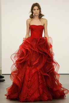 Vera Wang Red Wedding Gown - Based on your venue deal, there could be a few limitations with regards to the sort of decor it is possible to generate or Vera Wang Bridal, Vera Wang Wedding, Red Wedding Dresses, Wedding Dress Styles, Bridesmaid Dresses, Cream Bridesmaids, Vera Wang Gowns, Vestidos Fashion, Mode Glamour