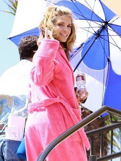 AnnaLynne McCord in her cute pink robe
