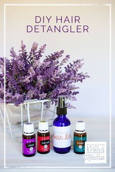 DIY Hair Detangler Spray - - DIY Hair Detangler Spray Your Life Styled (Group Board) Got tangled hair? Forget those expensive hair detangler sprays at the store. Make your own DIY Hair Detangler Spray with just a few ingredients you already have. Natural Hair Care, Natural Skin, Natural Hair Styles, Natural Beauty, Organic Beauty, Natural Oils, Diy Hair Detangler, Diy Beauté, Hair Care Recipes