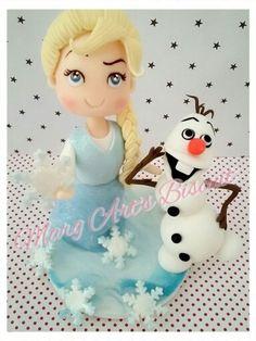 Topo bolo Elza frozen e Olaf biscuit
