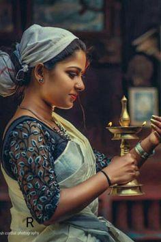 World Ethnic & Cultural Beauties: Photo Beautiful Girl In India, Most Beautiful Indian Actress, Beautiful Muslim Women, Wedding Couple Poses Photography, Girl Photography Poses, Village Photography, Cute Girl Poses, Girl Photo Poses, Beauty Full Girl