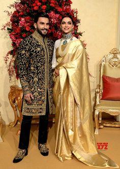 12 Stunning Photographs of Ranveer Singh and Deepika Padukone - Wedding Reception - Mehndi Design Indian Bridal Outfits, Indian Bridal Fashion, Indian Designer Outfits, Indian Dresses, Deepika Ranveer, Deepika Padukone Style, Ranveer Singh, Aishwarya Rai, Indian Celebrities