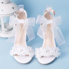 Fancy Shoes, Cute Shoes, Me Too Shoes, Bow Shoes, Shoes Sneakers, Wedding High Heels, Wedding Boots, Wedge Wedding Shoes, Thick Heels