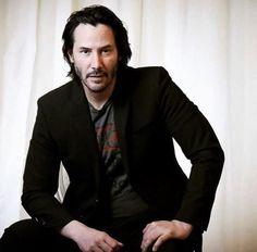 images of keanu reeves - Bing images Keanu Reeves John Wick, Keanu Charles Reeves, Outfits Casual, Mode Outfits, Keanu Reeves Quotes, Keanu Reaves, Raining Men, Attractive People, Johnny Depp