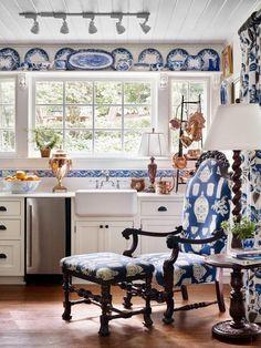 Wonderful Blue Kitchen Design Ideas Extraordinary blue kitchen doors ikea just on popi home design Home Design, Interior Design, Blue Kitchen Designs, Blue Kitchen Decor, Design Kitchen, Blue White Kitchens, Home Modern, Kitchen Doors, Ikea Kitchen